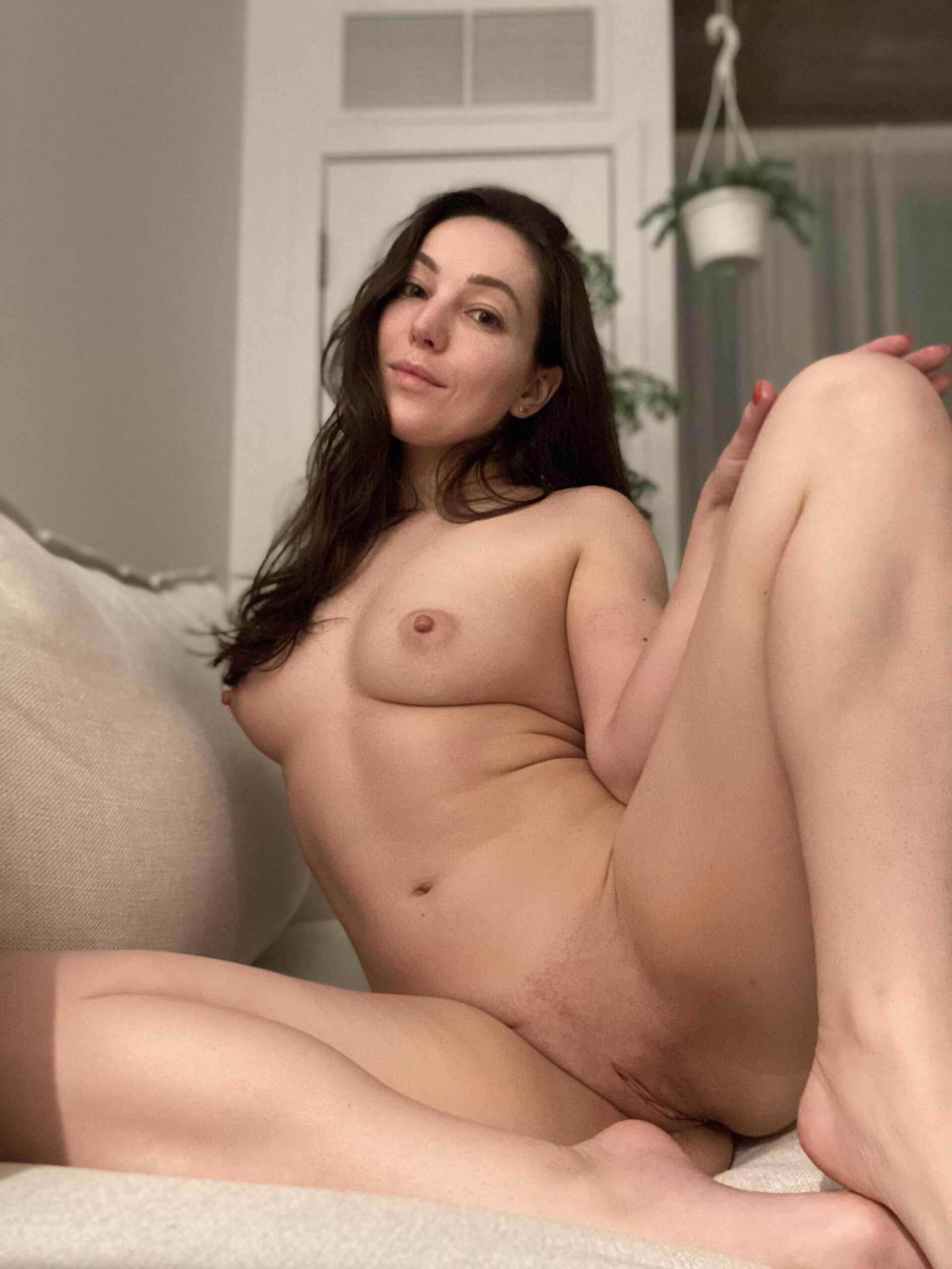 Orenda ASMR Nude